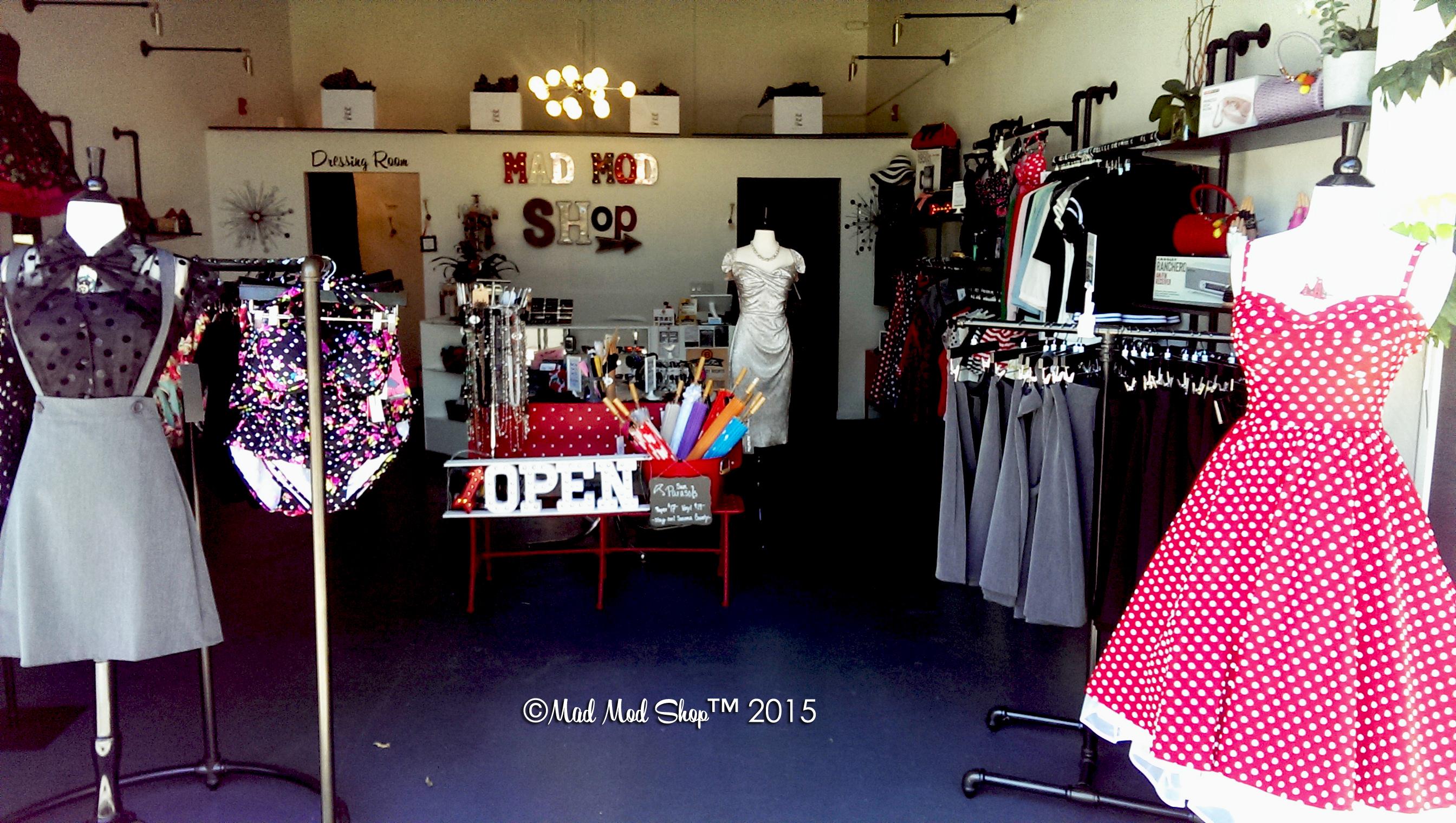 08b468b5a442 Shopping Bliss: Mad Mod Shop! | The Myriad Present